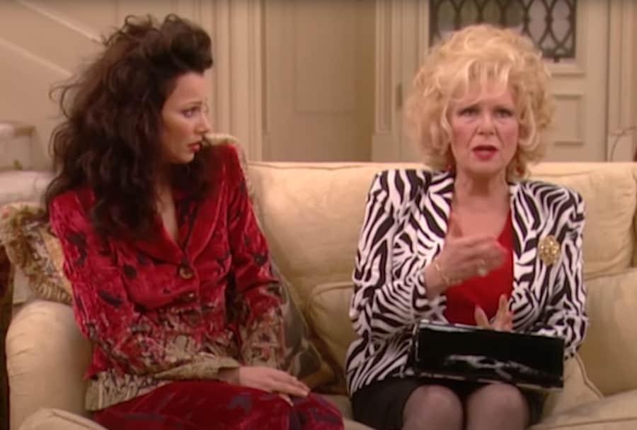 In der Sitcom The Nanny (1993 - 1999) verkörpert Fran Fines (Fran Drescher) Mutter den entsprechenden stock character der übergriffigen und penetranten Mama.